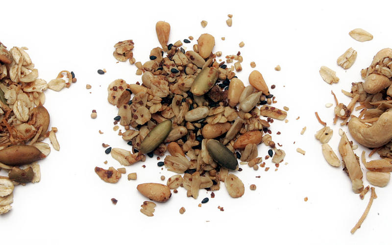 Almond-cashew granola