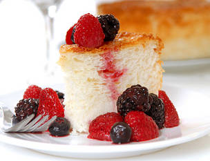 Angelic Cake and Berries