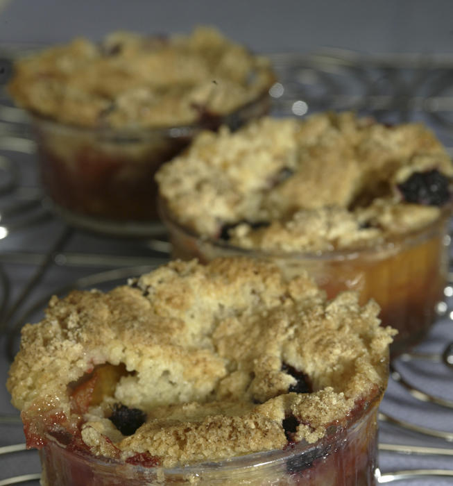 Apricot and mulberry crisp