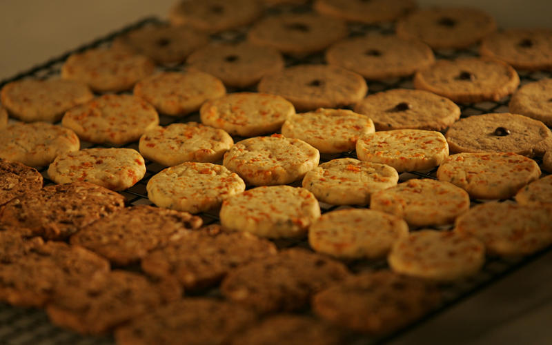 Apricot butter cookies