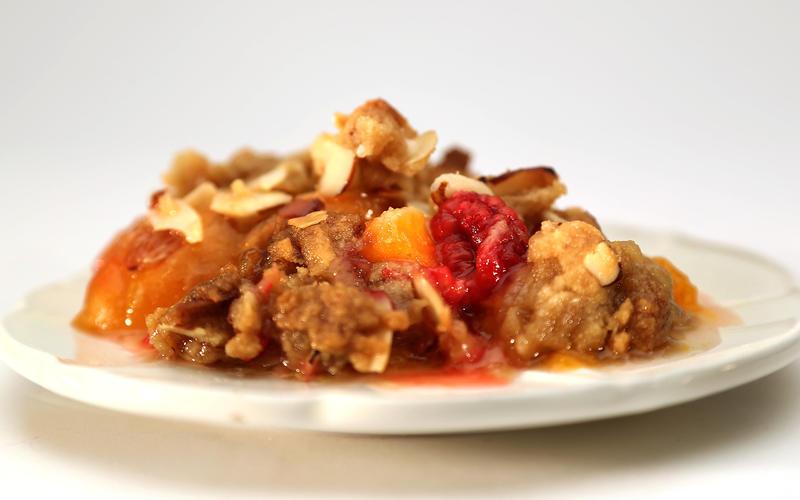 Apricot-raspberry crisp with almonds