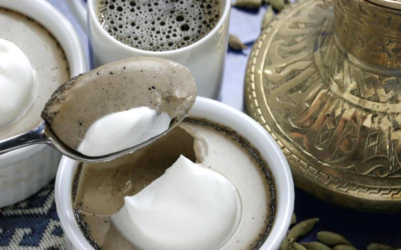 Arabic coffee pot de creme