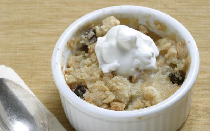 Asian pear crisp with almond topping
