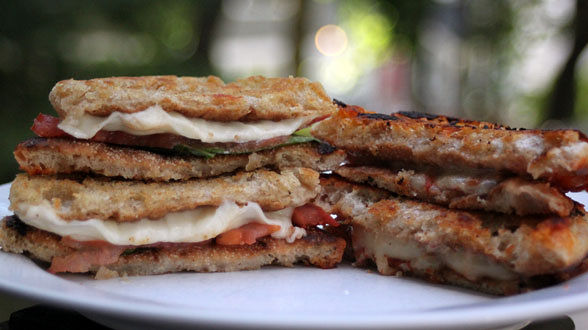 Back to School Snack: Inside-Out English Muffin Grilled Cheese and…
