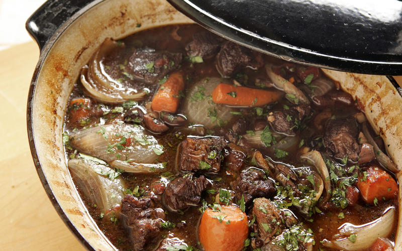 Beef stew with black olives