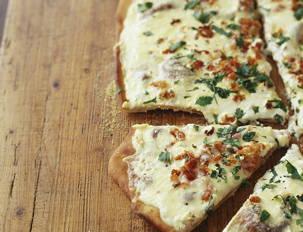BLD Carbonara Pizza