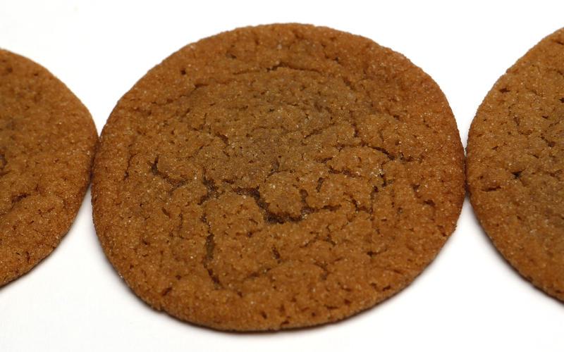 Boppsie's molasses cookies