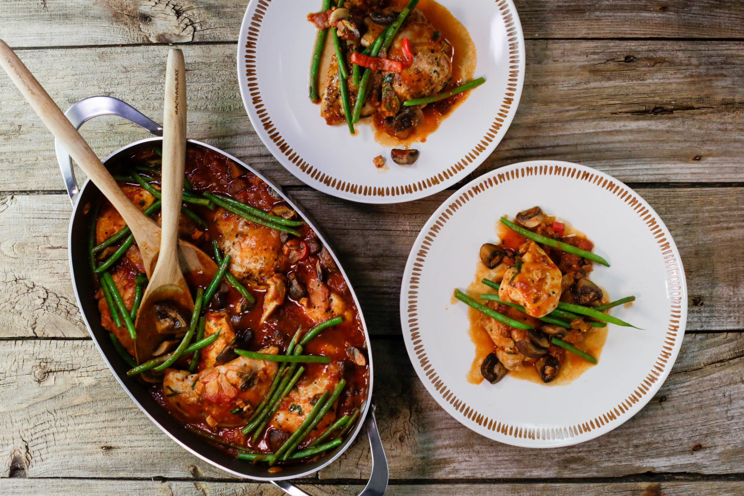 Cacciatore-Style Boneless Chicken One-Pot with Green Beans