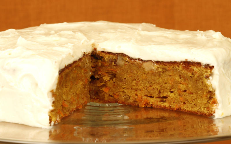 Carrot cake with ginger frosting