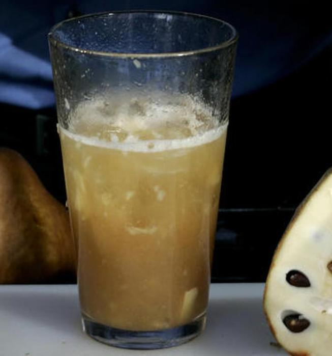 Cherimoya cocktail