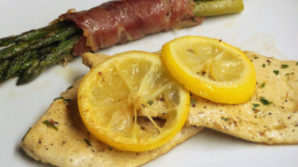 Chicken Piccata with Prosciutto-Wrapped Asparagus