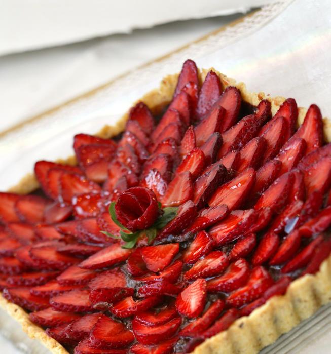Chocolate ganache strawberry tart