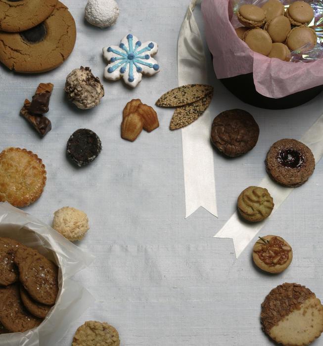 Chocolate sable cookies