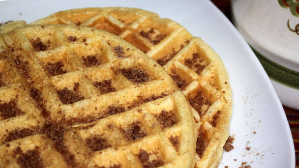 Cinnamon-Apple Muffin Waffles