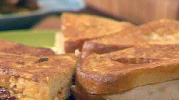 Deli Stuffed Eggwiches