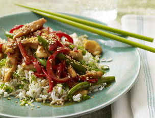 Devilish Sesame Chicken with Green Beans and Scallion Rice