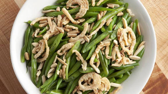 French-Cut Green Beans with Almonds and Fried Onions