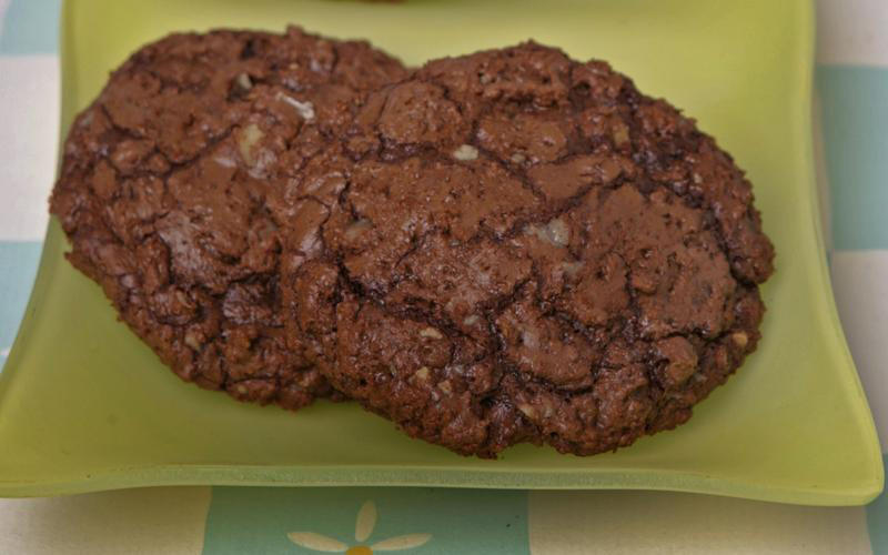 Giant chocolate-toffee cookies