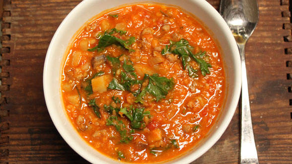 Hungarian Hot Sausage and Lentil Stoup