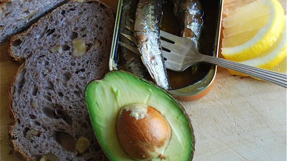Mashed Avocado and Sardine Toast
