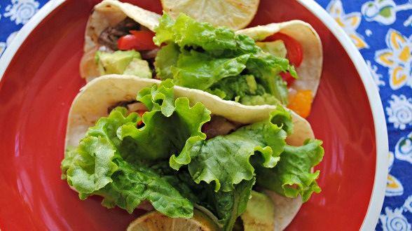 Mexican-Style Cumin-Pepper Steak Tacos