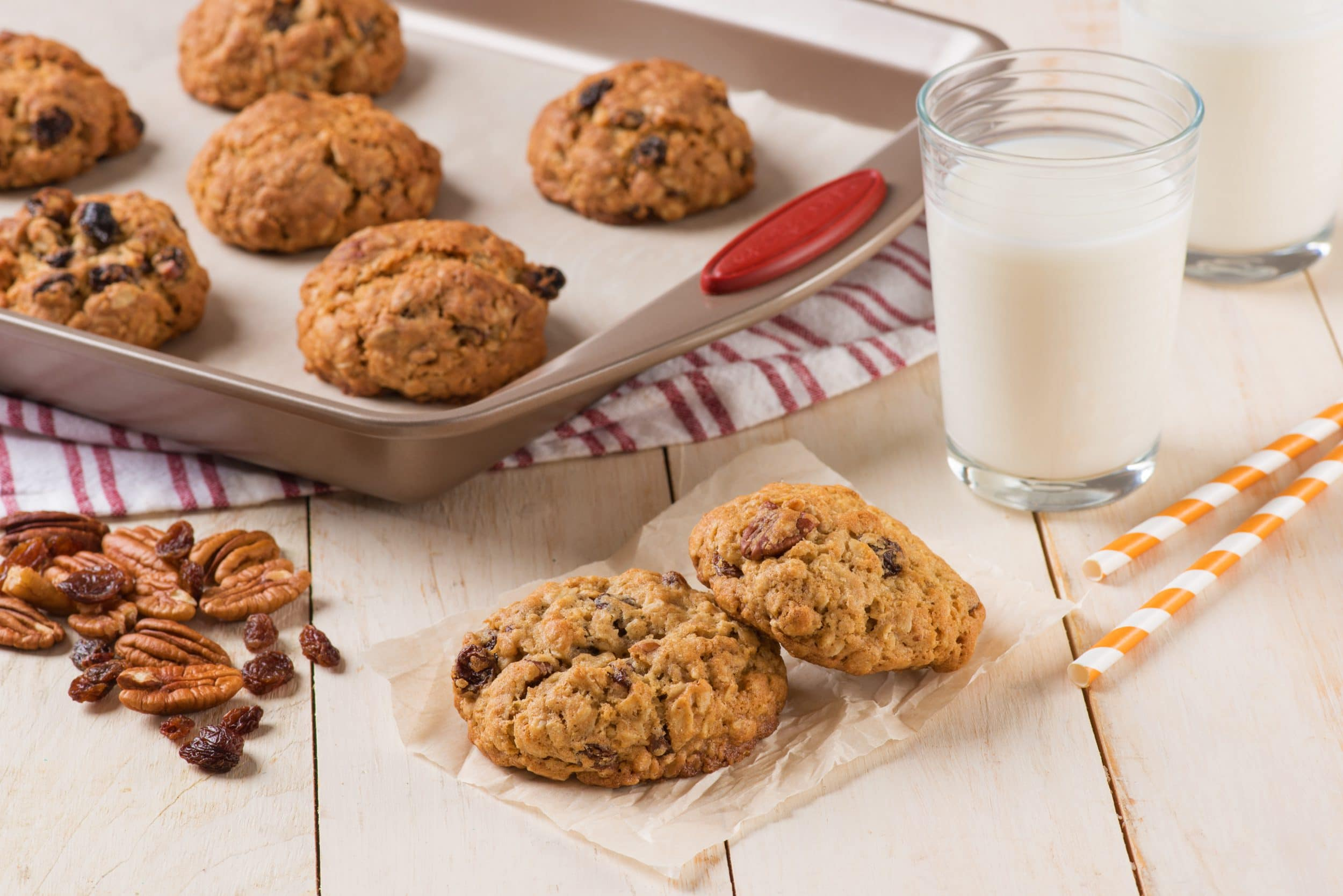 Oatmeal Pecan Raisin Cookies