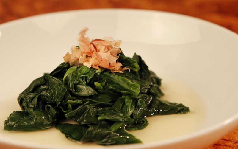 Ohitashi (spinach with dashi dressing)