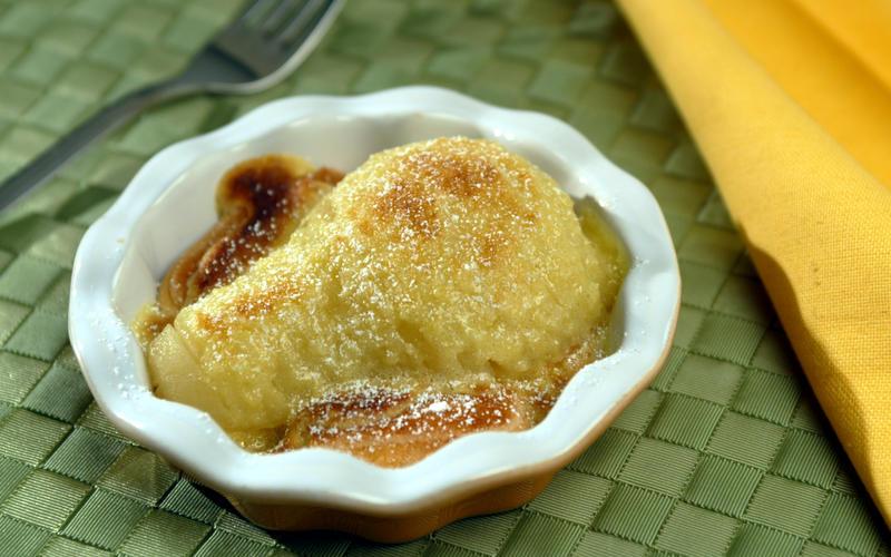 Pecorino's pear and almond gratin (gratin di pere e mandorla)