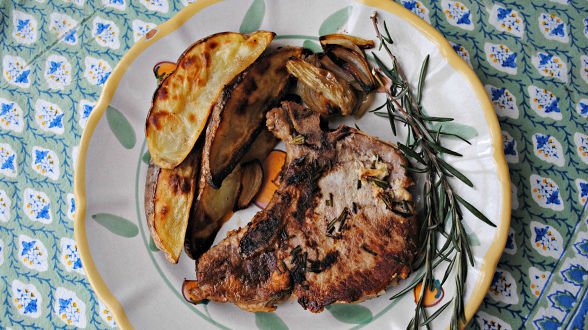 Porchetta-Style Pork Chops and Roasted Fennel