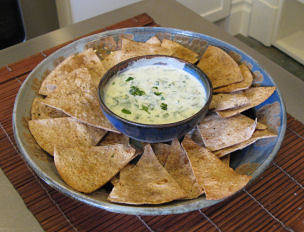 Spicy Whole Wheat Chips with Green Yogurt Dip