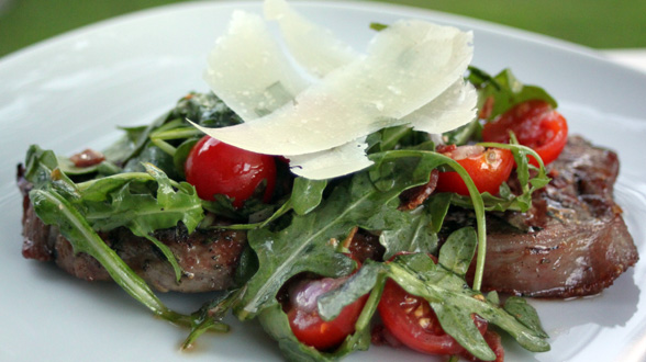 Steak with Tomato-Bacon Salad Topper