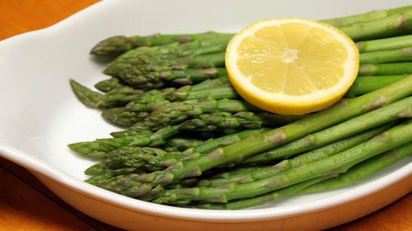 Steamed Asparagus Tips
