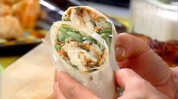 Thai Chicken Wraps with Spicy Peanut Sauce
