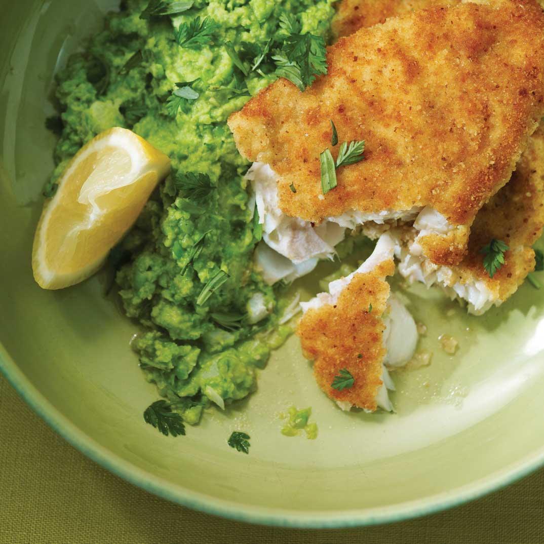 Breaded Fish and Mushy Peas