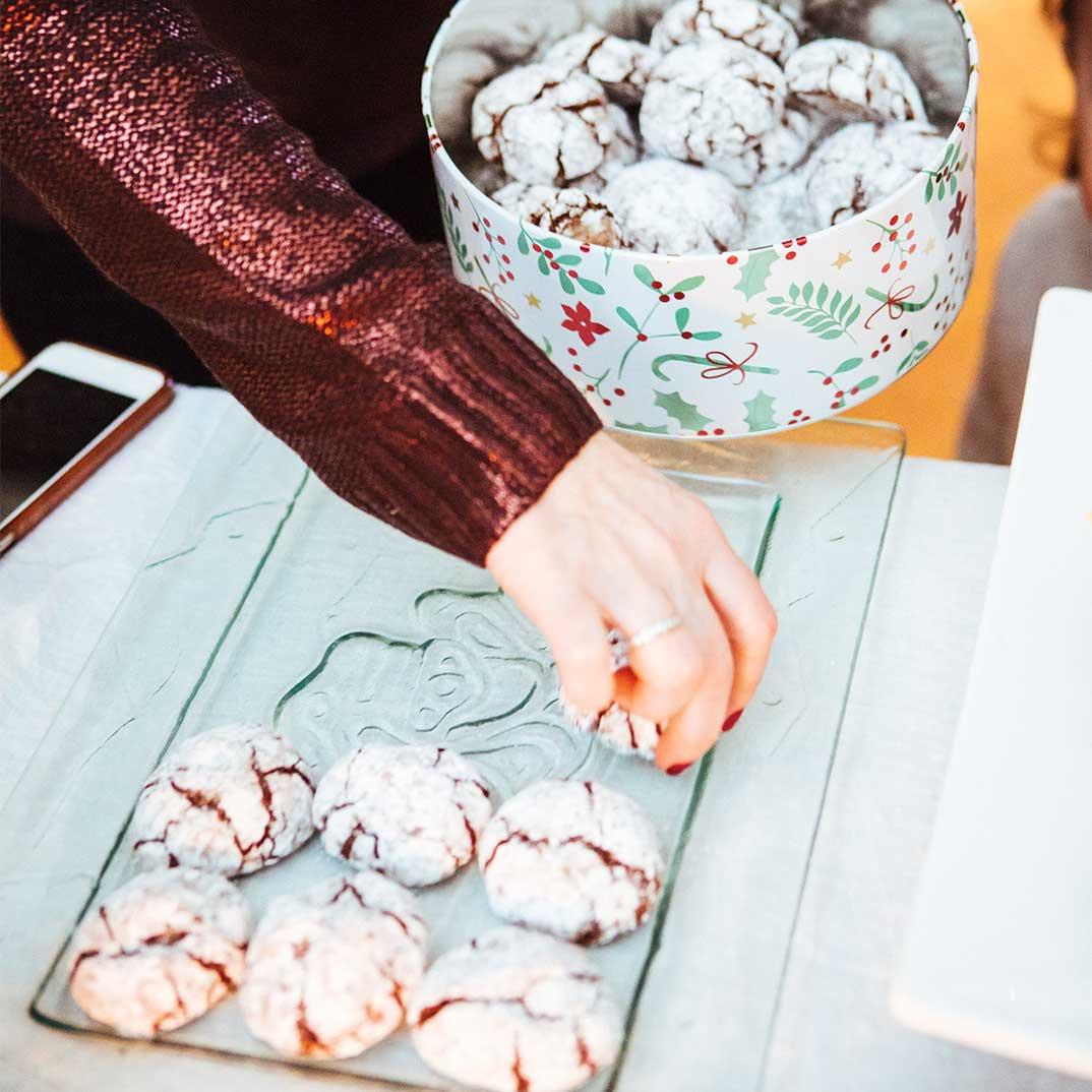 <i>Amaretti</i> Cookies