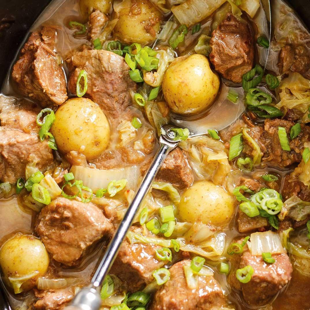 Slow Cooker Pork and Cabbage